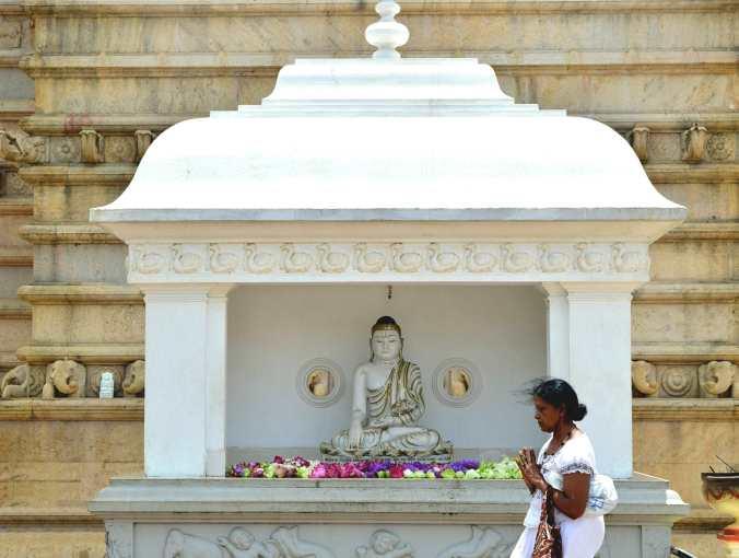 Templo budista em Anuradhapura